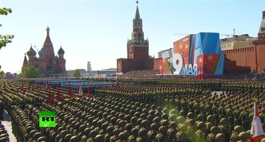 俄罗斯在莫斯科红场举行阅兵式